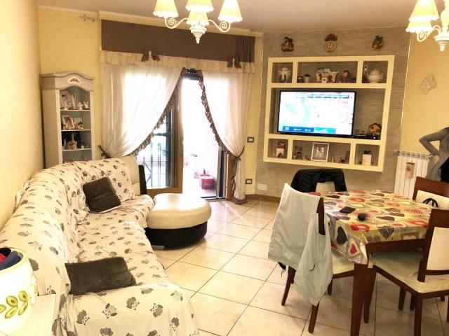 Appartamento in ottime condizioni parzialmente arredato in affitto Rif. 6459187
