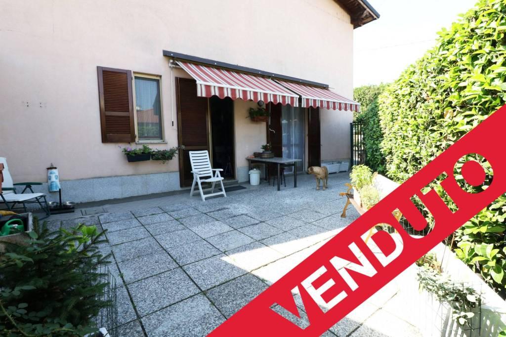 Appartamento in ottime condizioni in vendita Rif. 6464100