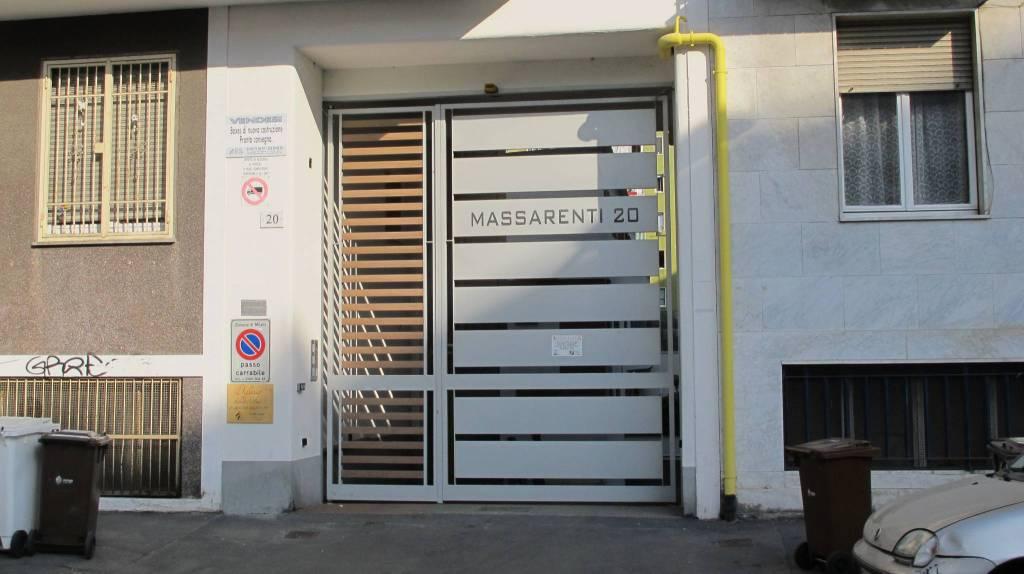 Posto-box auto in Vendita a Milano 18 Ippodromo / San Siro / Zavattari: 14 mq