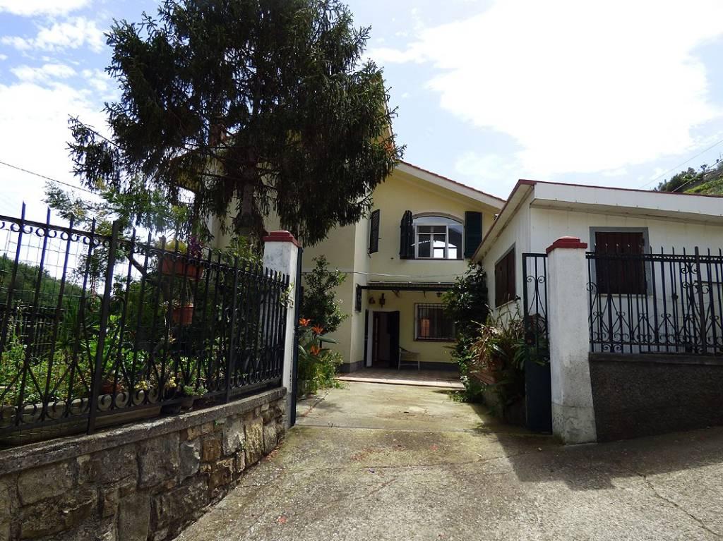 Villa quadrilocale in vendita a Sanremo (IM)