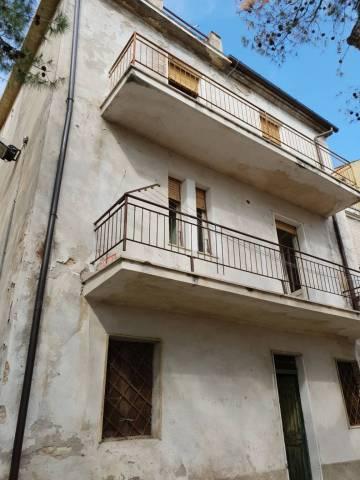 Casa Indipendente da ristrutturare in vendita Rif. 6459271