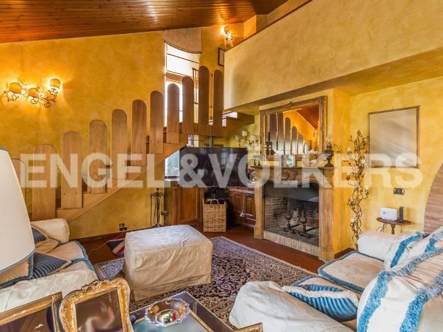 Villa in Vendita a Roma 36 Cassia / Olgiata: 5 locali, 370 mq