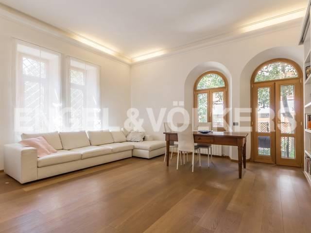 Appartamento in Vendita a Roma via alessandro poerio