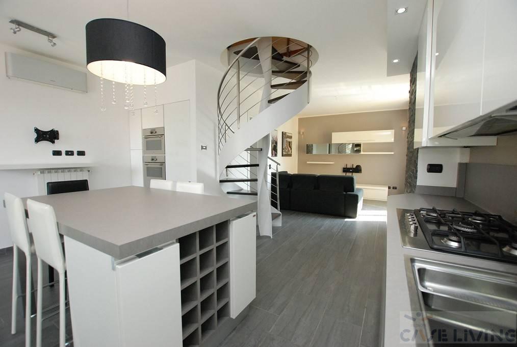 Appartamento in ottime condizioni arredato in vendita Rif. 8547441
