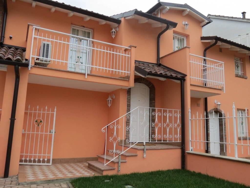 Appartamento parzialmente arredato in vendita Rif. 6462650