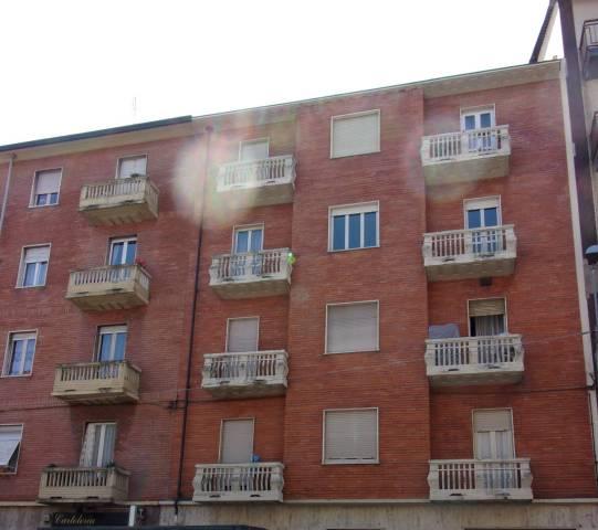 Appartamento in buone condizioni in affitto Rif. 6475267