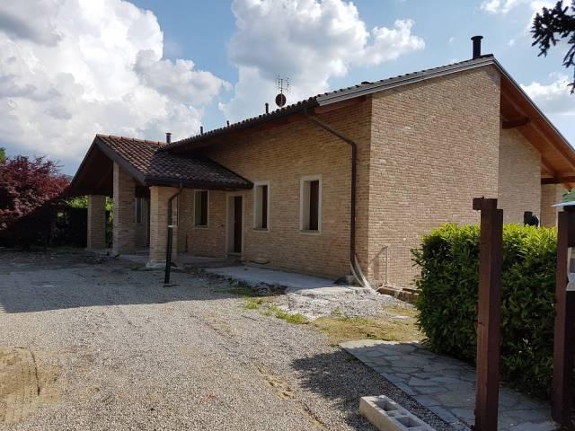 Villa 6 locali in affitto a Diano d'Alba (CN)