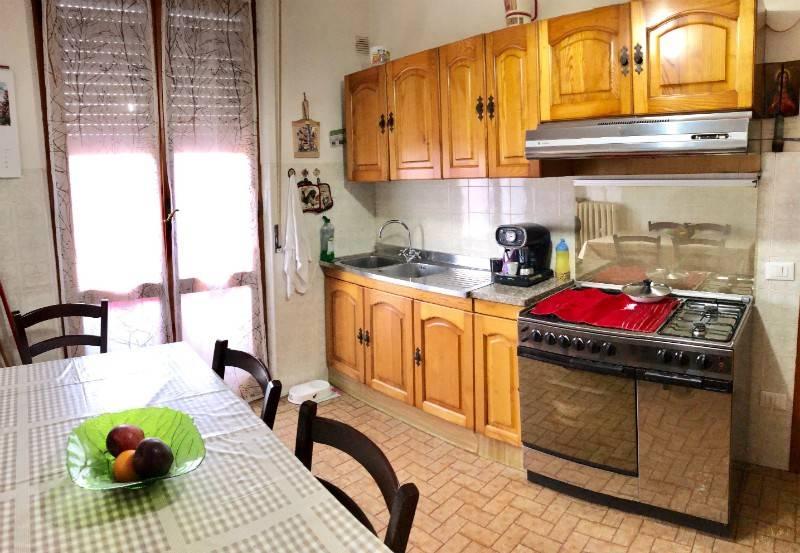 Appartamento in Vendita a Chiusi Centro: 4 locali, 90 mq