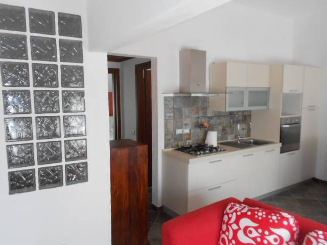 Appartamento in ottime condizioni arredato in affitto Rif. 6522316