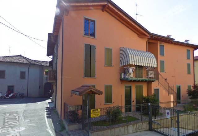 Appartamento in ottime condizioni in vendita Rif. 6480826