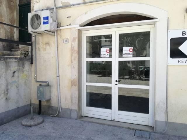 Negozio monolocale in vendita a Modica (RG)