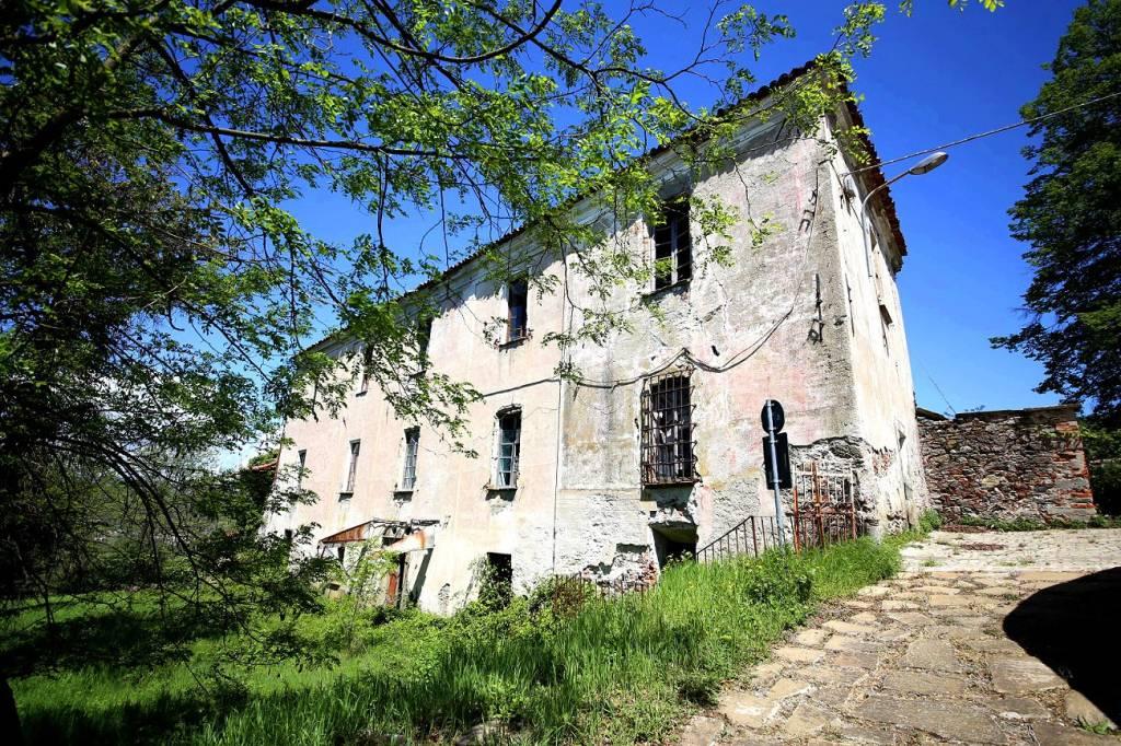 Rustico / Casale in vendita a Dego, 15 locali, prezzo € 130.000 | PortaleAgenzieImmobiliari.it