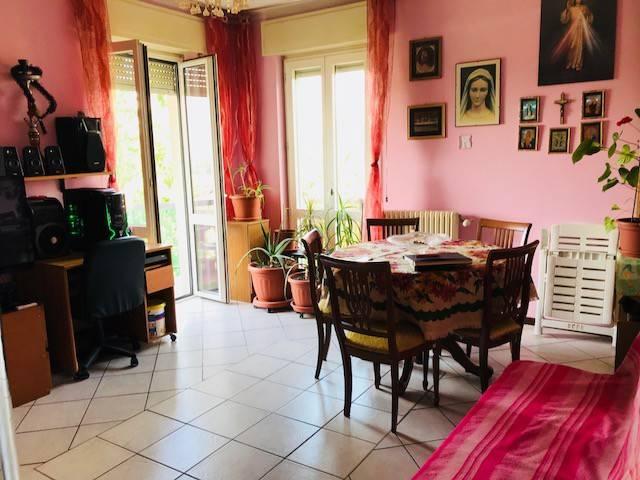 Appartamento in vendita a Olgiate Comasco, 3 locali, prezzo € 75.000 | CambioCasa.it