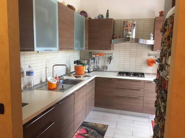 Appartamento in ottime condizioni in vendita Rif. 6473263