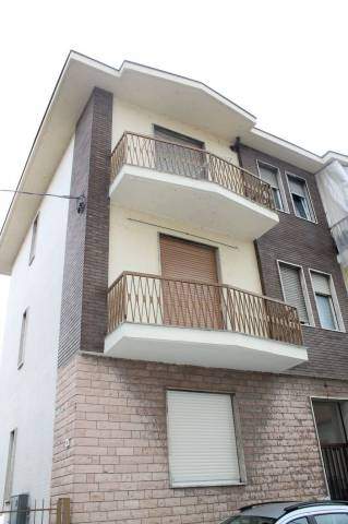 Appartamento in Vendita a San Mauro Torinese: 2 locali, 60 mq
