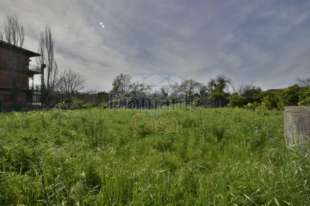 Terreno residenziale in Vendita a Tremestieri Etneo Centro: 1300 mq  - Foto 1