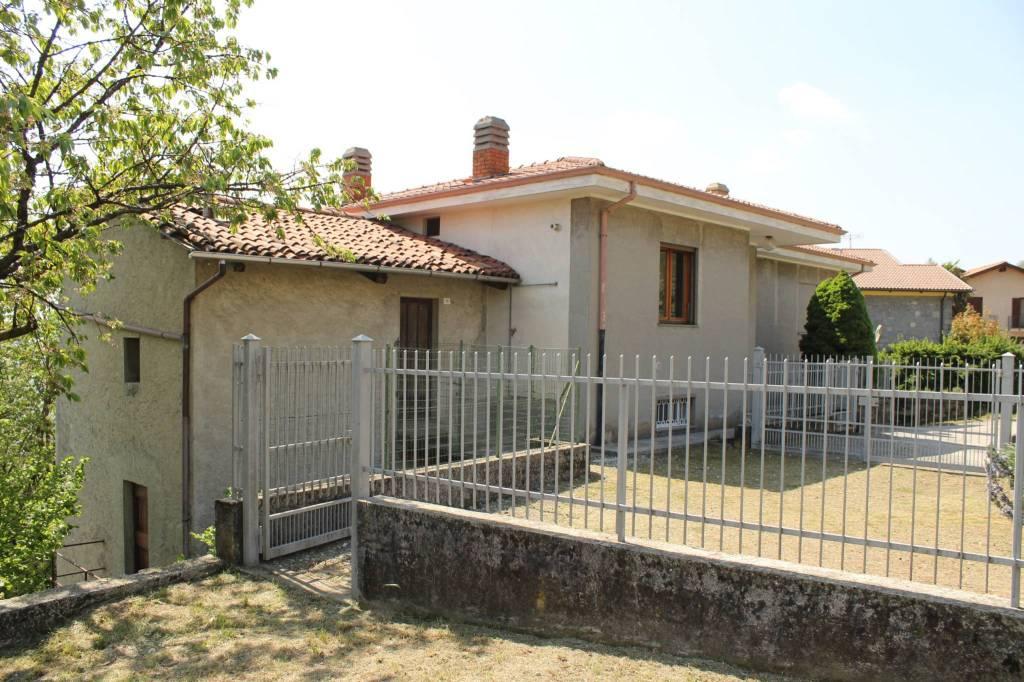 Foto 1 di Villa via Lessolo 14, Loranzè