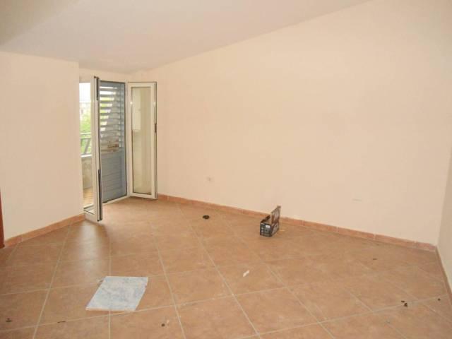 Appartamento in buone condizioni in vendita Rif. 6488726