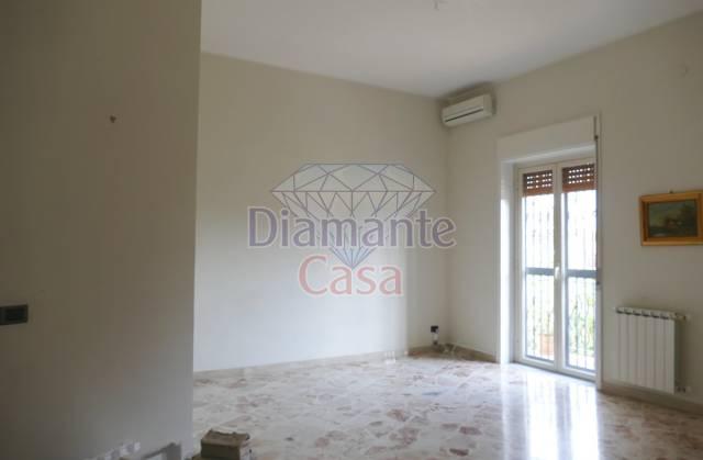 Appartamento in Affitto a Mascalucia Centro: 4 locali, 115 mq