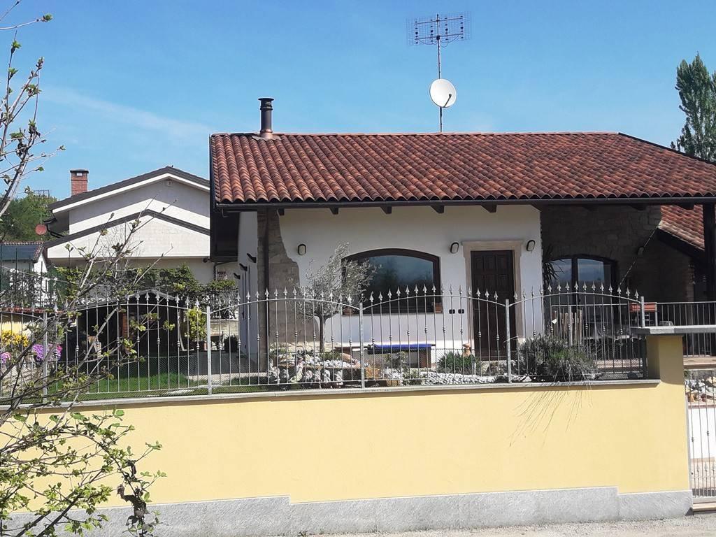 Villa in ottime condizioni arredato in vendita Rif. 7630188