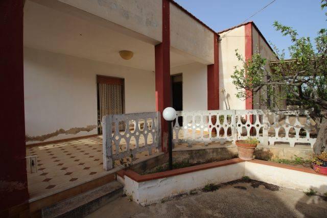 Villa quadrilocale in vendita a Trapani (TP)