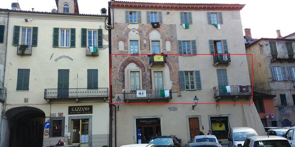 Ampio appartamento in Palazzo Storico