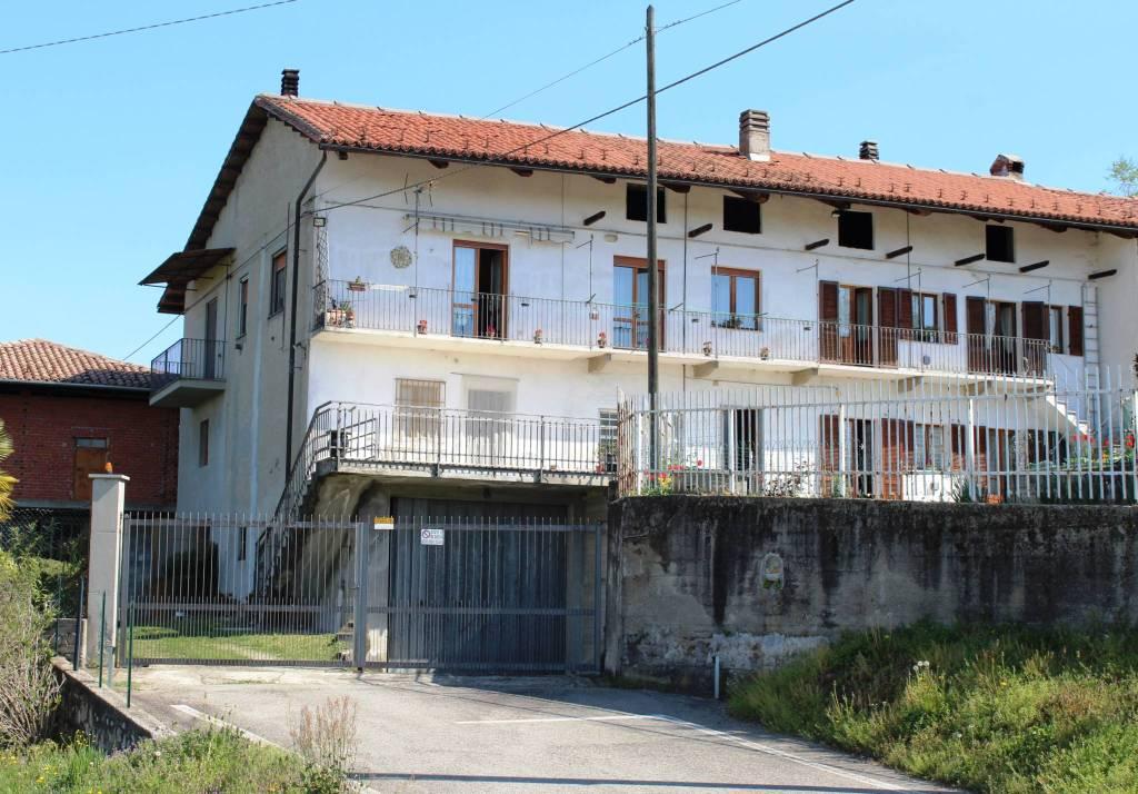 Rustico / Casale in buone condizioni in vendita Rif. 6492173