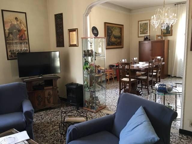Appartamento in Vendita a Piacenza: 4 locali, 120 mq