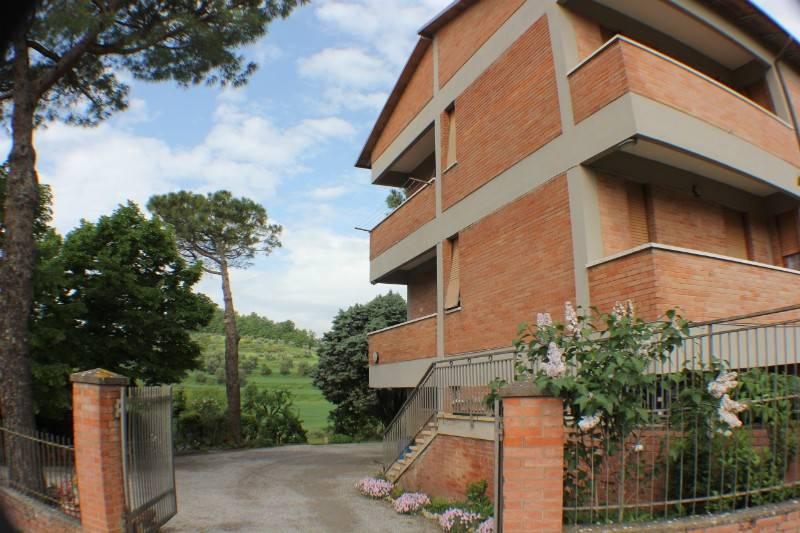 Appartamento in vendita a Chiusi, 5 locali, prezzo € 87.000   PortaleAgenzieImmobiliari.it