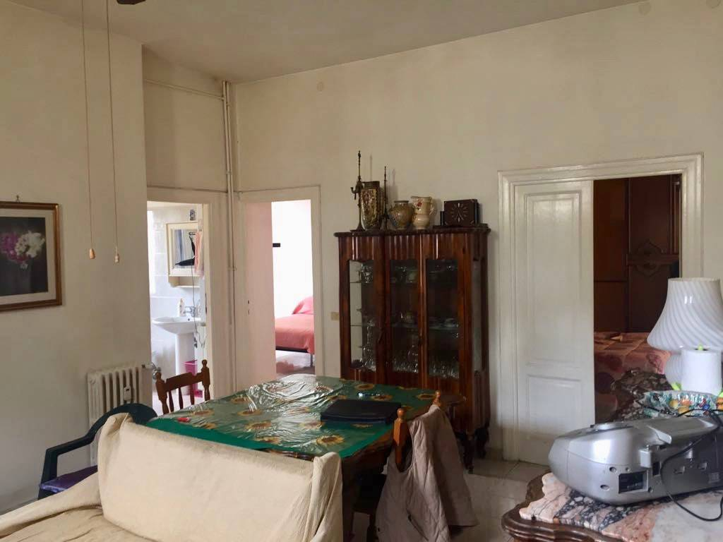 Appartamento in vendita 4 vani 121 mq.  via Paolo Paruta Roma