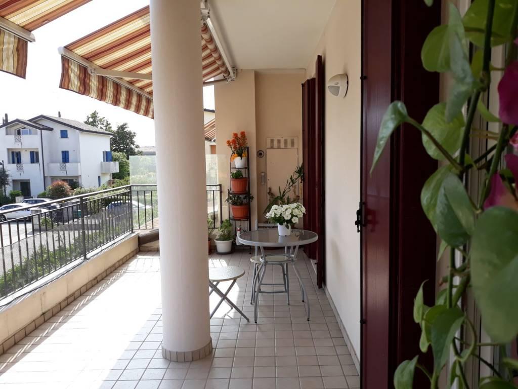 Appartamento in ottime condizioni parzialmente arredato in vendita Rif. 6508956