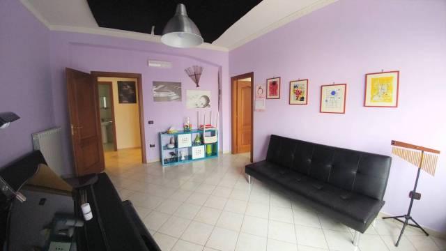 Appartamento in ottime condizioni in vendita Rif. 6506437