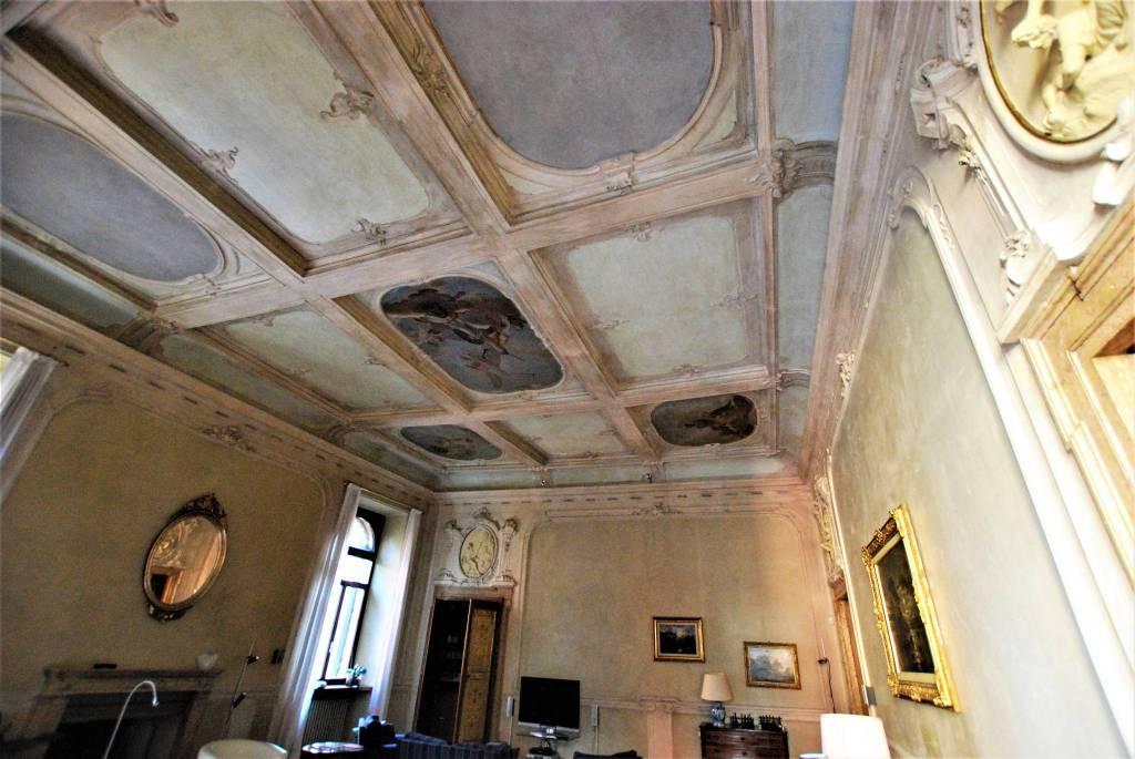Appartamento 6 locali in affitto a Verona (VR)