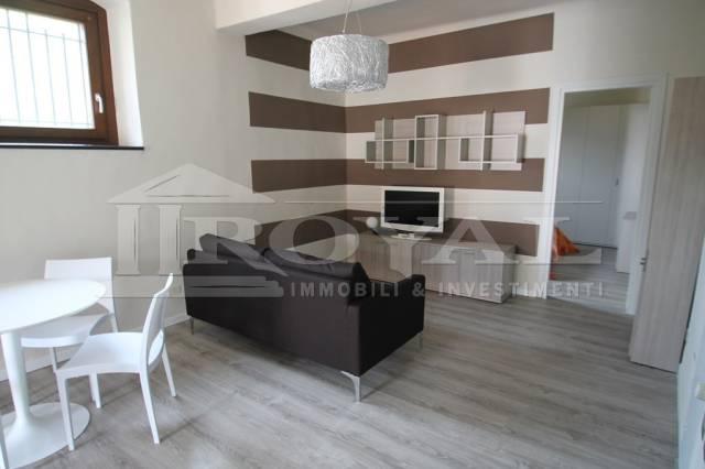 Appartamento in ottime condizioni arredato in affitto Rif. 6508848