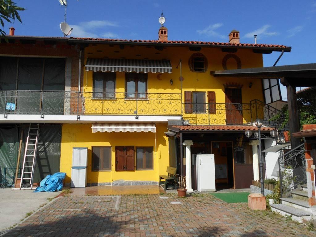 Foto 1 di Villa via Alessandro Manzoni 26, Borgo D'ale