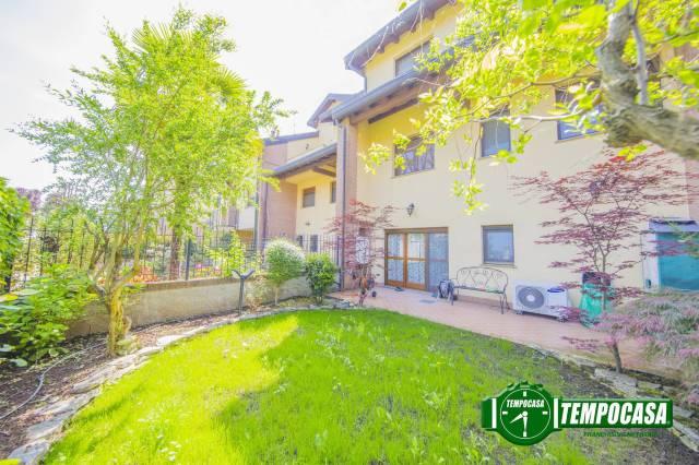 Appartamento in buone condizioni in vendita Rif. 6506527