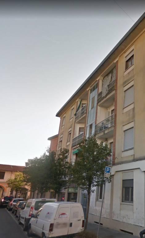 Appartamento in buone condizioni in vendita Rif. 8640473