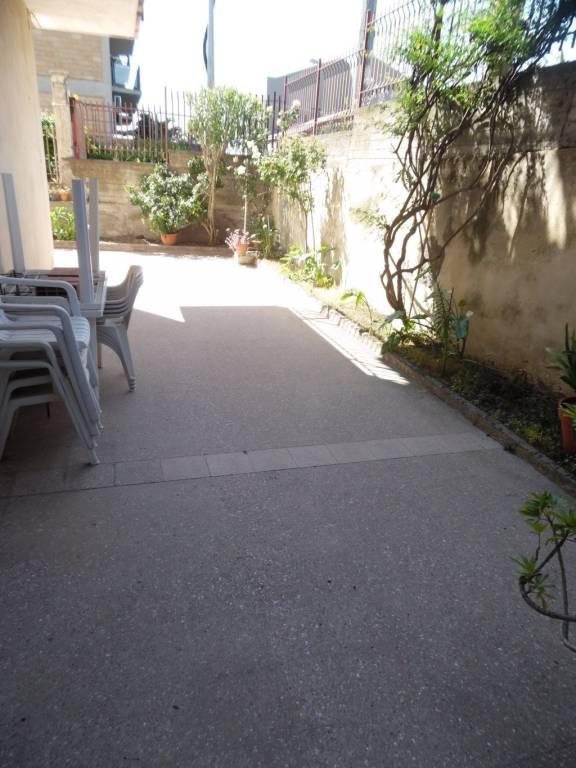 Appartamento in buone condizioni in vendita Rif. 8079718