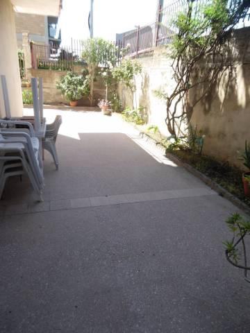 Appartamento in buone condizioni in vendita Rif. 6947087