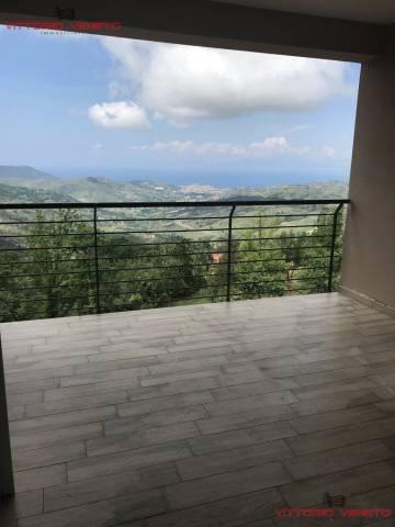 Appartamento in vendita a Laureana Cilento, 3 locali, prezzo € 120.000 | CambioCasa.it