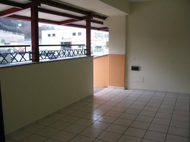 Appartamento in ottime condizioni in affitto Rif. 6508595