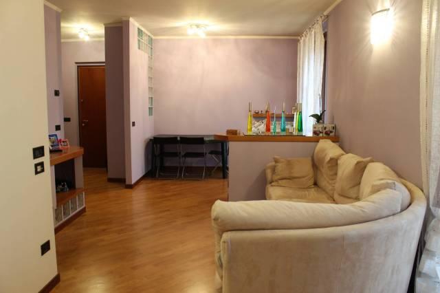 Appartamento in ottime condizioni in vendita Rif. 6510298