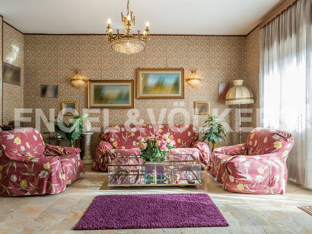 Appartamento in Vendita a Roma: 5 locali, 180 mq