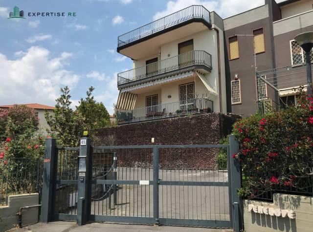 Appartamento da ristrutturare in vendita Rif. 6922091