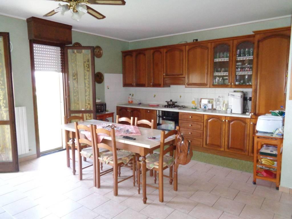 Appartamento in Vendita a Rio Saliceto: 5 locali, 140 mq