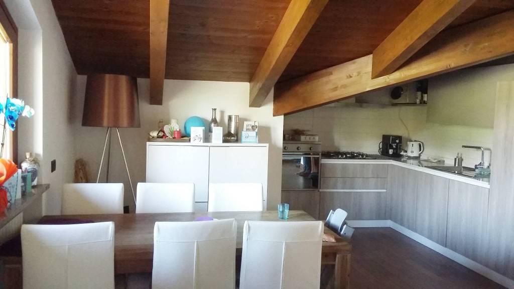 Appartamento in ottime condizioni in vendita Rif. 6506711