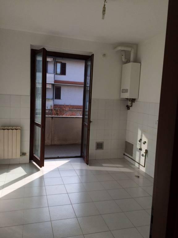 Appartamento in buone condizioni in affitto Rif. 6507603