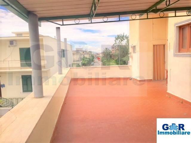 Appartamento in buone condizioni in vendita Rif. 6508624