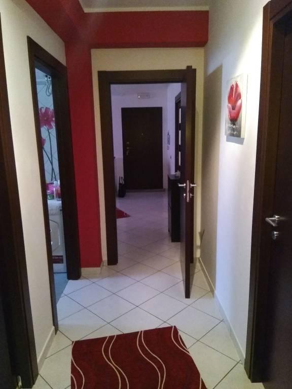 Appartamento in ottime condizioni parzialmente arredato in vendita Rif. 6524506