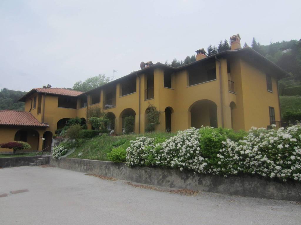 Appartamento in vendita a Bellagio, 3 locali, prezzo € 160.000 | PortaleAgenzieImmobiliari.it